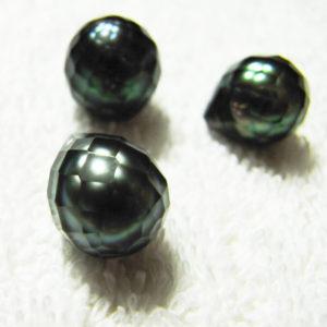涙型の華真珠